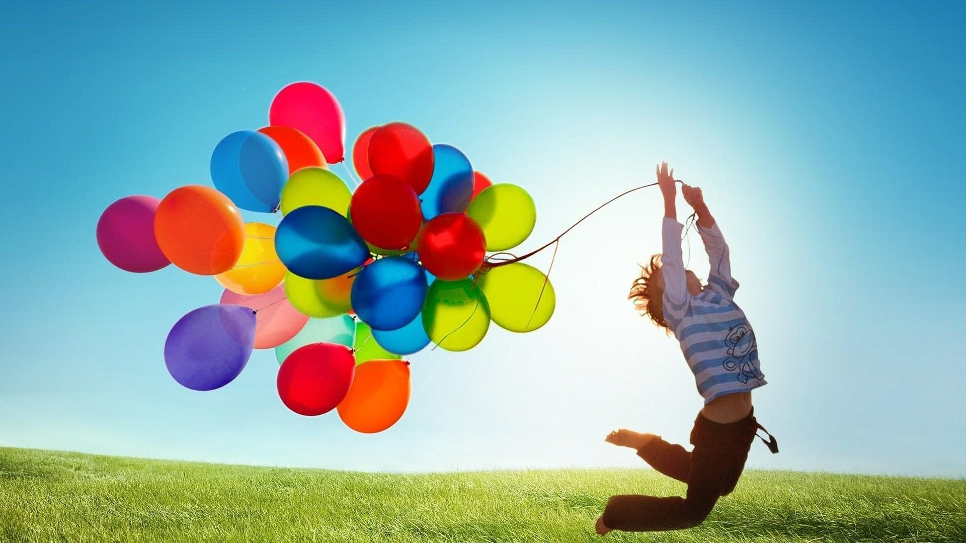 boy-flying-with-balloons-1920x1080
